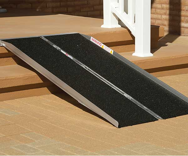 Products - Ramps - Portable Singlefold Ramp - Prairie View Industries Model #SFW530